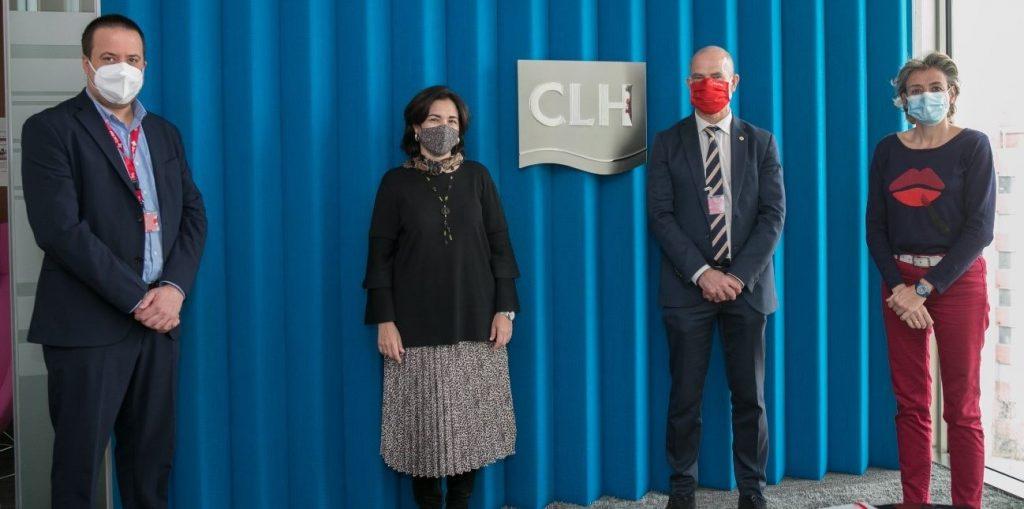 El Grupo CLH ha entregado a Cruz Roja la donación de 120.000 euros